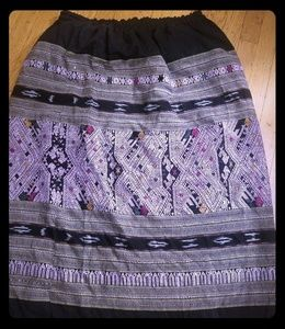 Vintage embroidered skirt.  No size marked. L-xxl